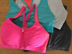How to choose the right Sports bra and other practical advice for fitness workout clothes.