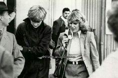 1980 Pobrecita Diana, CON AMIGOS COMO ESTOS...