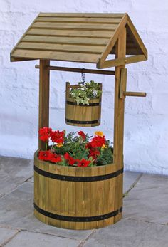 Wooden Decorative Wishing Well Planter - H1m x D45cm
