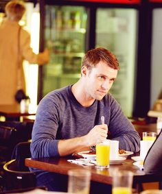 Brunch with Lt. Casey! #ChicagoFire (gotta give Casey some love too lol)