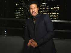 Say 'Hello' to Lionel Richie's New Line of Luxury Home Entertaining Products http://greatideas.people.com/2015/10/28/lionel-richie-house-products/?xid=rss-topheadlines