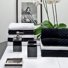 """Accesoires Möve, collection Black Elegance : pour un design très """"glossy""""."""