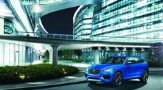 Salone di Francoforte: la Jaguar F-PACE illumina l'evento (FOTO)
