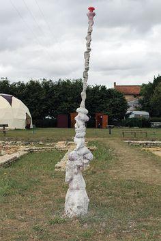 - porte renaud - Mensch #1 fragment 4/13 august 2017 Saint-Saturnin-du-Bois, France  www.porterenaud.com Saint Saturnin, France, The Visitors, Fountain, Sculpture, Outdoor Decor, Artwork, Work Of Art, Water Fountains