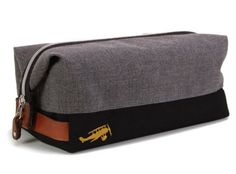 The Sidecar Custom Toiletry Kit is everything that a travel kit should be: lightweight, flexible, easy-clean, durable, and stylish. Customize your perfect bag and choose from a variety of colours, fabrics, and pocket options! (Shown here in Lockwood Grey and Black) #holiday #holidaygifts #travelluggage #travelaccessories