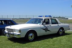 Police Vehicles, Emergency Vehicles, Old Police Cars, Chevrolet Caprice, Car Badges, State Police, Search And Rescue, Us Cars, Law Enforcement