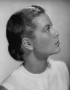 (A young Grace Kelly)