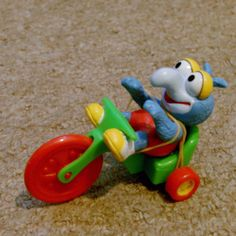 Mc Donalds 1986 Happy Meal Muppet Babies Gonzo on tricycle Muppet Babies, Kids Zone, Star Wars Toys, Antiques For Sale, Retro Toys, Baby Toys, Childhood Memories, Meal, Dolls