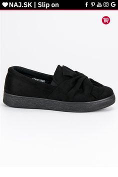Čierne semišové tenisky slip on McKey Toms, Slip On, Sneakers, Fashion, Tennis, Moda, Slippers, Fashion Styles, Sneaker