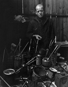 """Photographed in his Long Island, NY Studio - Cody, Wyoming-born abstract expressionist painter, and drawer Paul Jackson Pollock ~ known for his unique style """"drip paintings"""" of the late and early Jackson Pollock, Artist Art, Artist At Work, Painter Artist, Paul Jackson, Environmental Portraits, Georges Braque, East Hampton, Art Graphique"""