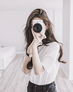 Photography is a fulfilling recreational activity for you. You will never be great at it without a bit of knowledge about photography to take pictures properly Pelo Ulzzang, Ulzzang Korean Girl, Cute Korean Girl, Asian Girl, Cute Girl Pic, Cute Girls, Girl Pictures, Girl Photos, Tmblr Girl