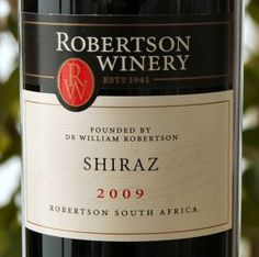 Robertson Winery - Shiraz - right for the braai (South African barbeque) South African Wine, South African Recipes, Braai Recipes, Types Of Wine, Wine Reviews, Sangria Recipes, Delish, Blood, Roses