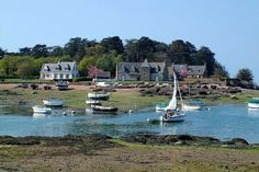 The small port of Ploumanac on the Côte de Granit Rose (Pink Granite), Bretagne, offers a charming stopover for boaters. Beaux Villages, Boater, France Travel, Great Photos, Marines, Brittany, Landscape, Nature, Yachts