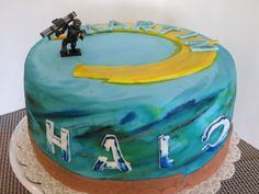Halo cake cakes Pinterest Halo cake Cake and Video game cakes