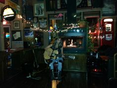 Jordan Collins performing at Open Mic Show hosted by Michael Dixon