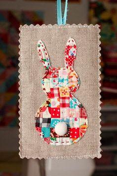 Um blog sobre Artesanato em Tecido e Patchwork, Crochê e Tricô, Bordados, Receitas Culinárias, Reciclagem.