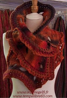 best scarf I have ever seen!!! Want it so bad!