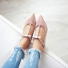 Lady Sweet Patent Leather T-Strap Ankle Buckle Pointy Toe Kitten Heel Shoes Hot