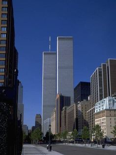 https://www.facebook.com/AmericaNeverForget/photos/a.388361531181.166919.274466136181/10156129498271182/?type=3