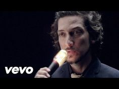 León Larregui - Brillas - YouTube