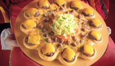 "Pizza Hut introduces the ""cheeseburger-ringed pizza""... #WTF"