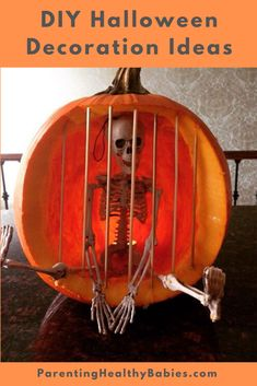 Best 40 chic scary pumpkin carving ideas for halloween in this year 21 - Real Time - Diet, Exercise, Fitness, Finance You for Healthy articles ideas Sac Halloween, Adornos Halloween, Outdoor Halloween, Halloween Party Decor, Halloween Pumpkins, Halloween Crafts, Diy Halloween Jail Cell, Halloween Halloween, Halloween Pumpkin Decorations