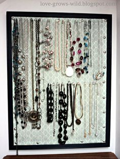 Cork Board Jewelry Organizer #diy (I so need to do this... all my jewelry resides in a messy drawer!)