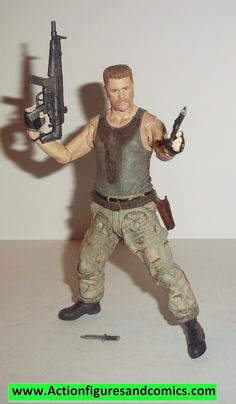 Todd McFarlane toys AMC's THE WALKING DEAD action figures 2014 series 5, ABRAHAM FORD 100% COMPLETE with all weapons, accessories, and parts condition: excellent - displayed only / collectable conditi