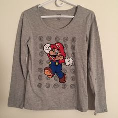 Vtg Super Mario Juniors Women's M In excellent condition. Rare vintage piece. Will also fit a size S (for a looser comfy fit) Super mario Tops Tees - Long Sleeve