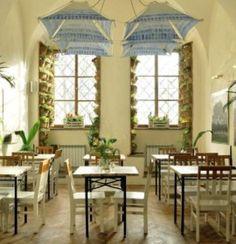 Restauracja Hamsa oferuje Państwu niezwykle przyjemną atmosferę w klimacie Izraelskim.