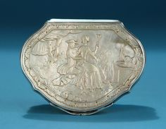 GEORGE II SILVER AND CARVED MOTHER OF PEARL SNUFF BOX England, c1735-45, Unmarked