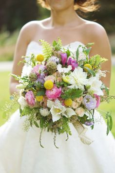 rustic-chic-wedding-bouquet