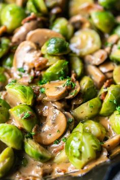 roasted brussels sprouts with bacon are super easy to make. Add some cooking cream and you have creamy brussels sprouts. Yummy Vegetable Recipes, Healthy Recipes, Fluffy Dinner Rolls, Sprouts With Bacon, Roasted Sprouts, Food Inspiration, Love Food, Cooking Recipes, Milk Recipes