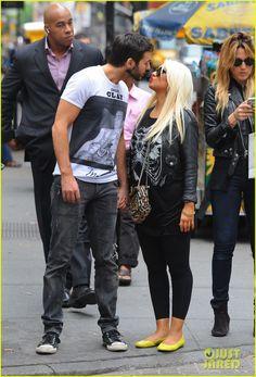 Christina Aguilera & Matt Rutler: Kissy Couple in Soho