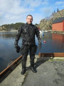 Polar Bear Diving School opened in 2014. The school is the member of NAUI (National Association of Underwater Instructors).