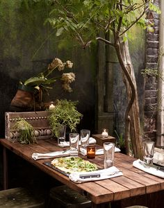Al Fresco Season arrives, learn about some of the best outdoor dining venues in courtesy of the Outdoor Dining, Outdoor Spaces, Outdoor Kitchens, Dining Area, Cottage Patio, House With Balcony, York Restaurants, White Fireplace, Balcony Plants