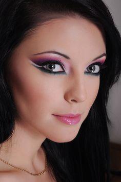 Arabic #makeup http://www.makeupbee.com/look.php?look_id=71893