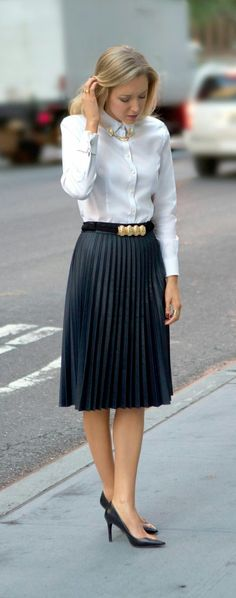50 classy office look outfits for spring/ summer with tips on who to follow for more stylespiration