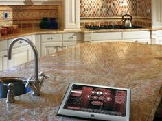 Modern Kitchen With Entertaining System in Boca Raton