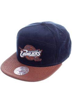 Mitchell & Ness Brace Strapback Cleveland Cavaliers Cap navy | Titus Onlineshop
