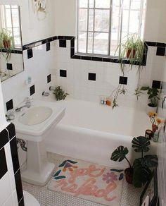 Boho Bathroom, Diy Bathroom Decor, Bathroom Styling, Bathroom Interior, Modern Bathroom, Small Bathroom, Master Bathroom, Bathroom Remodeling, Remodeling Ideas