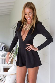 Black low V neckline romper with sleeves Women's Fashion Dresses, Sexy Dresses, Short Dresses, Glenda, Actrices Hollywood, Maxi Styles, Clothing Sites, Indie Fashion, Lovely Legs