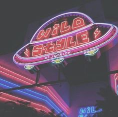 Image about pink in Neon Lights by Giulia. on We Heart It Neon Aesthetic, Aesthetic Collage, Aesthetic Vintage, Aesthetic Photo, Aesthetic Pictures, Alien Aesthetic, Bedroom Wall Collage, Photo Wall Collage, Picture Wall