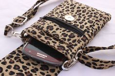 Cell phone bag mobile phone bag cheetah animal by TraceyLipman Animal Print Purses, Leopard Purse, Cell Phone Wallet, Creation Couture, Side Bags, Hip Bag, Quilted Bag, Small Crossbody Bag, Small Bags