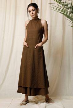 Buy Set of Mehendi Halter Neck Kurta & Cotton Culottes Online Dress Indian Style, Indian Dresses, Indian Outfits, Khadi Kurta, Kurta Cotton, Simple Kurta Designs, Kurta Designs Women, Indian Designer Outfits, Designer Dresses