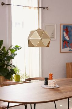 Edna Metal Pendant Light | Urban Outfitters