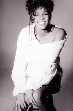 ❥ R.I.P. Whitney Houston~ died today at the age of 48, Feb 11, 2012.