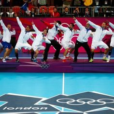 Bravo les Experts! Champions Olympiques de hand-ball 2012...