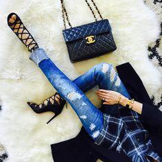"Sasha Simon • lolariostyle on Instagram: ""Pre-fall outfit ✨ @liketoknow.it www.liketk.it/1BSdT #liketkit Zara jeans #zaradaily #shoeslover #shoesaddict #rippedjeans #fromabove #fashion #fall2015 #style #wiwt #whatimwearing #ootd #zara #fashionista"""