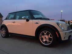 Mini City Cooper Car, Mini Coopers, Car Stuff, Minis, Dream Cars, Madness, Trucks, City, Truck